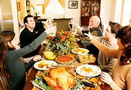 With a little planning, you can comfortabley host Thanksgiving in your apartment